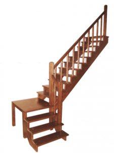 Лестница с поворотом через площадку