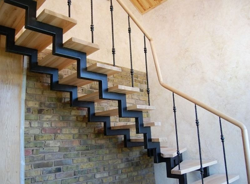 Лестницы на металлокаркасе на заказ